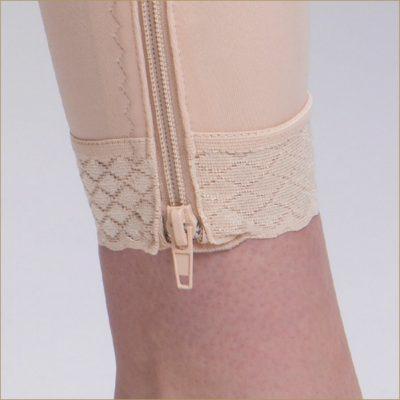 Женская жилетка после липосакции живота
