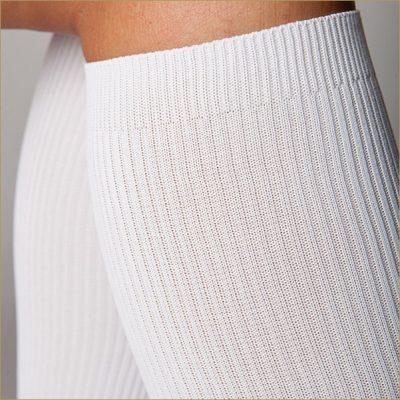 Компрессионные носки для профилактики варикоза